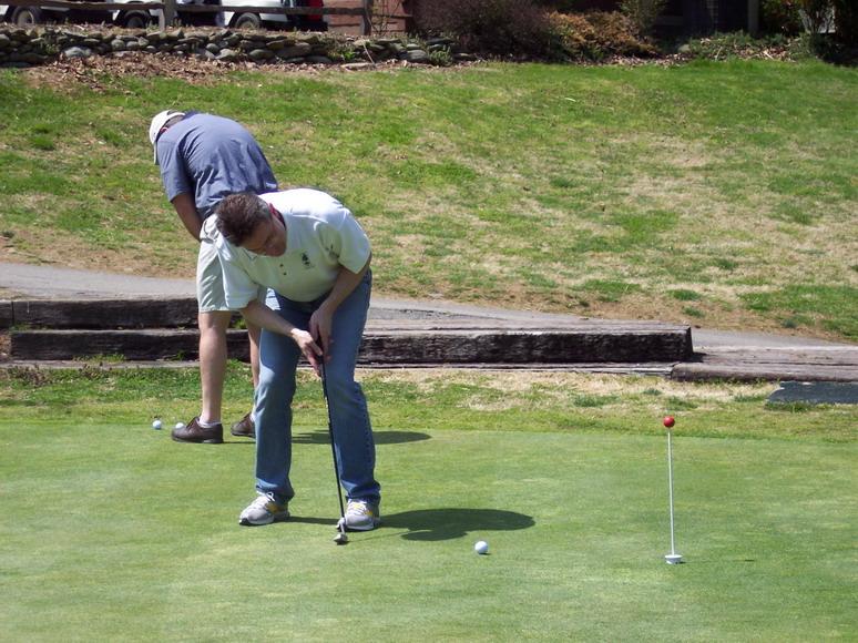 Golf_practice_green_thailand