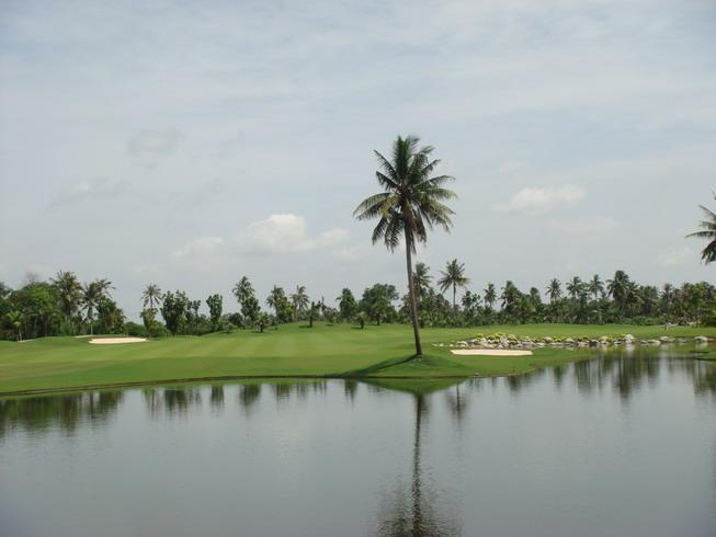 Ratchakram_golf_bangkok_thailand