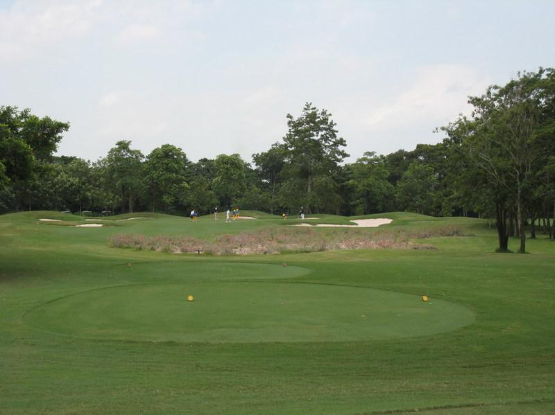 Navatanee_golf_bangkok_thailand