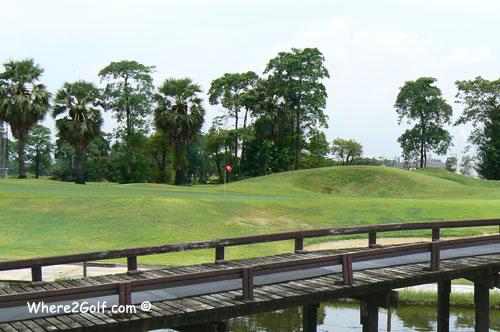 Summit_windmill_golf_club.jpg