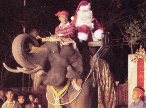 Thailand_santa_claus