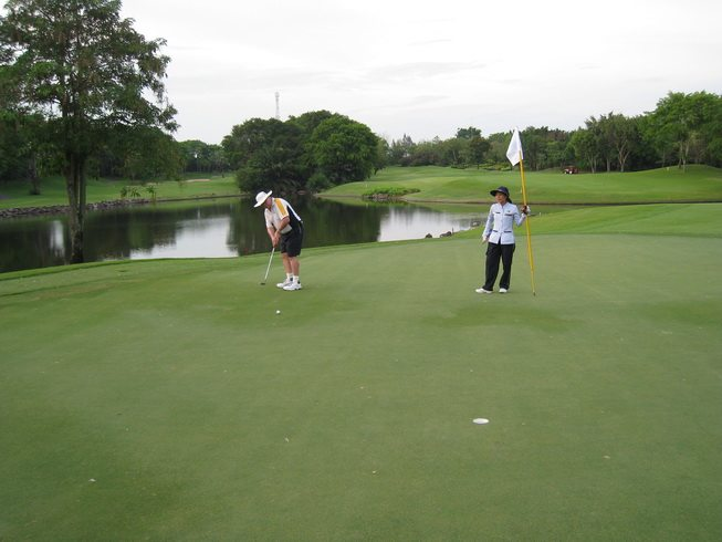 Alpine Golf Bangkok Green