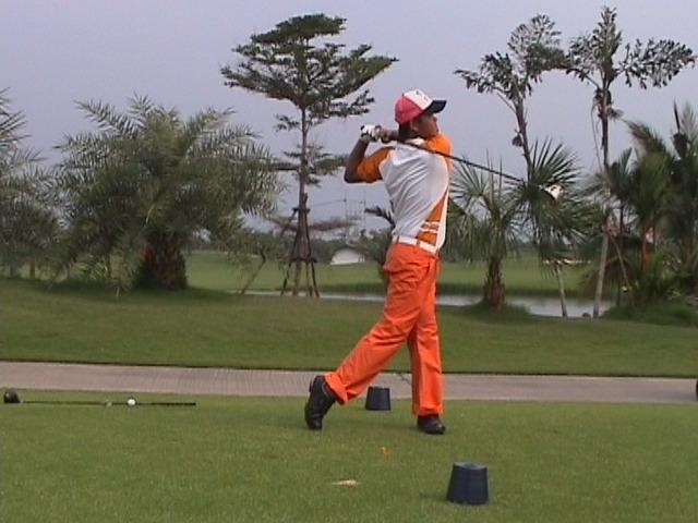 Suwan_golf_club.jpg