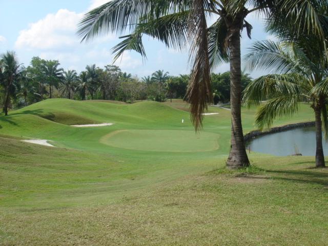 Khao_kheow_golf_club_pattaya_thaila
