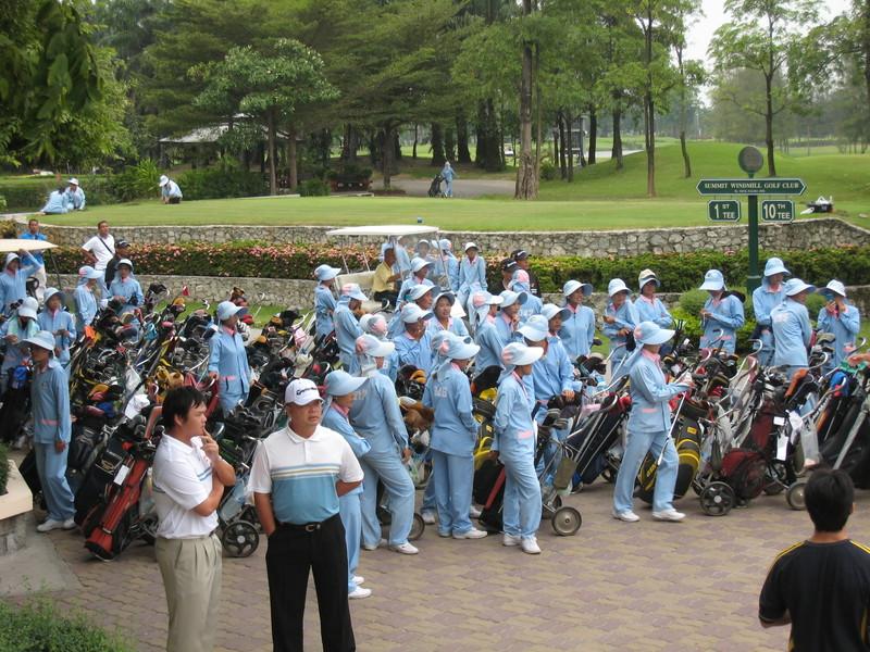 Golf_caddies_in_thailand