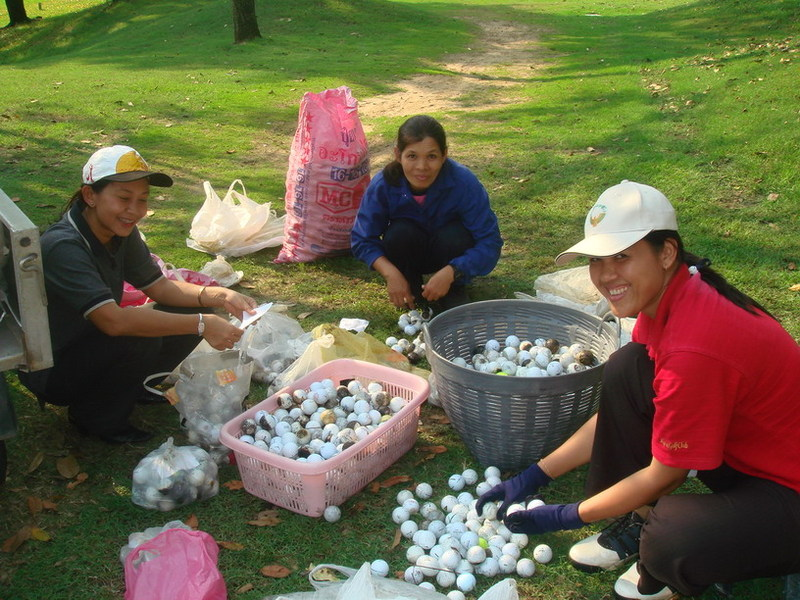 Thailand_lost_golf_balls