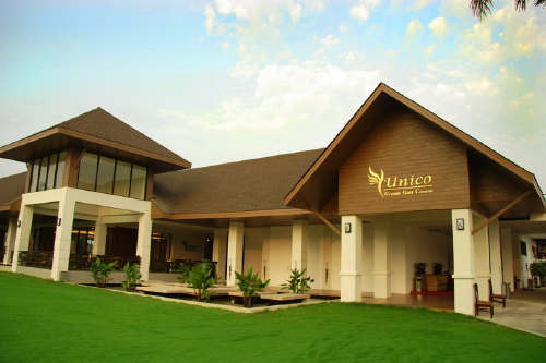 Thailand_golf_club_house_2