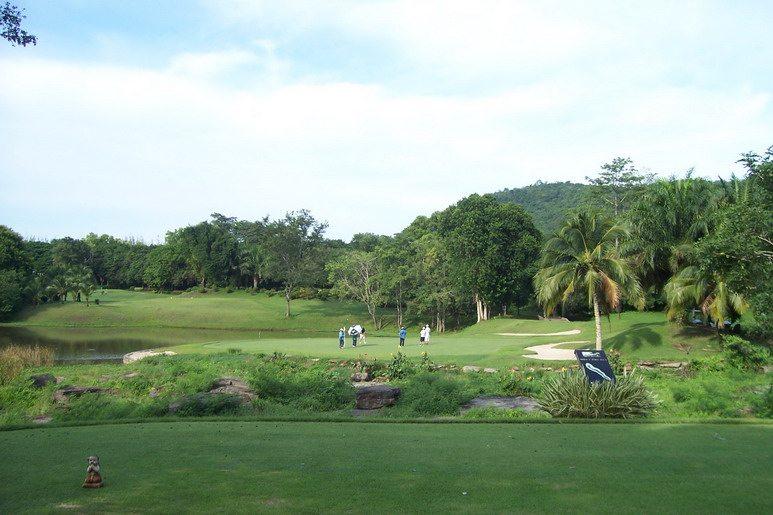 Voyage Panorama Golf Club.jpg
