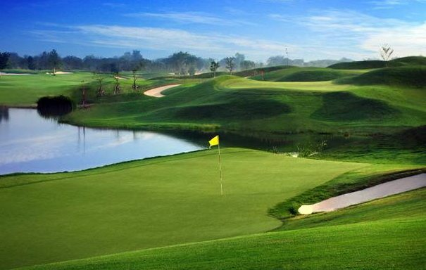 Bangsai Country Club Hole 4