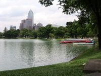 Lumpini_park_bangkok_thailand